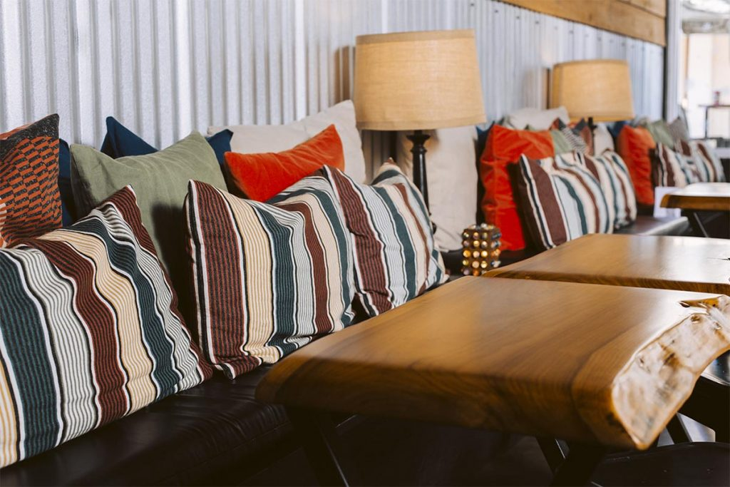 CGTG Gallery - Comfortable Tasting Room Couches - 941-822-8131-web
